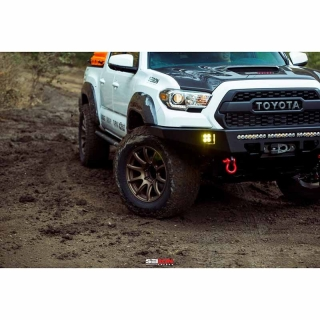 ANZO | Projector Headlights w/ Halo Chrome -