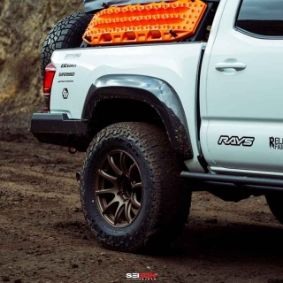 Vibrant | Stainless Steel T-Bolt Clamps (Pack of 2) - Clamp Range: 1.49-1.84
